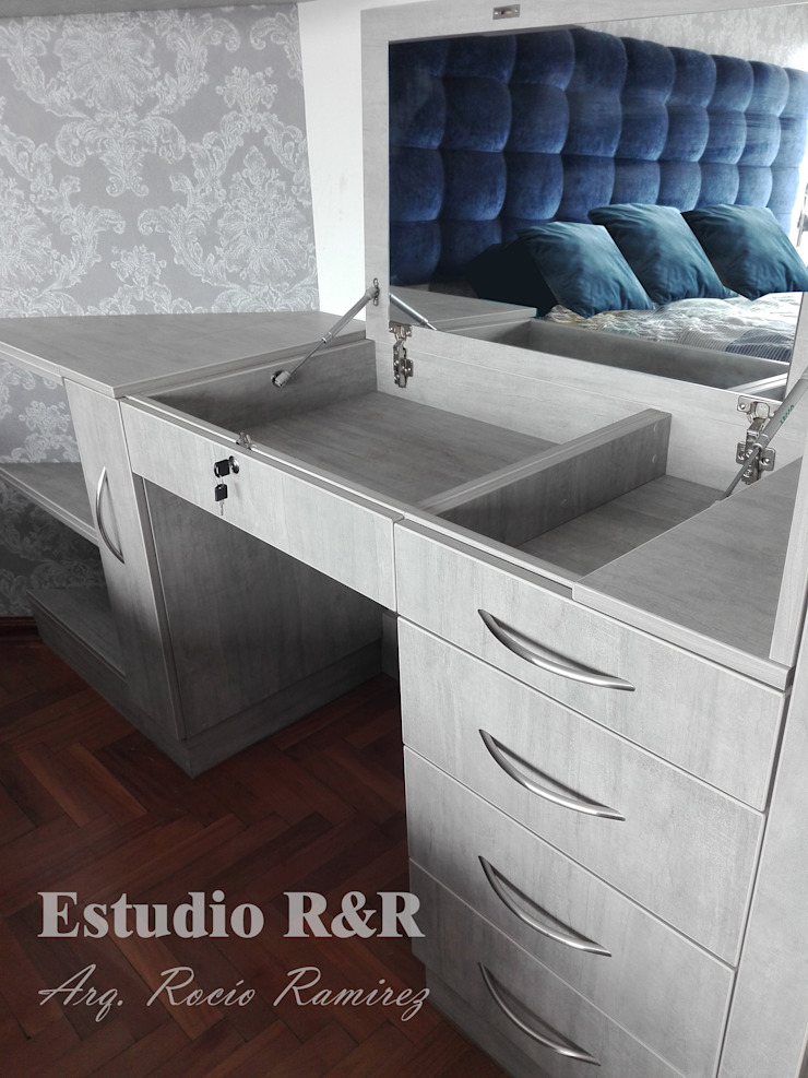 Estudio R&R BedroomWardrobes & closets
