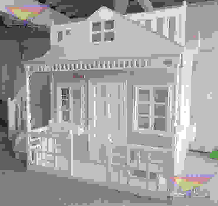 Hermosa casita Celestial en gris de camas y literas infantiles kids world Clásico Derivados de madera Transparente