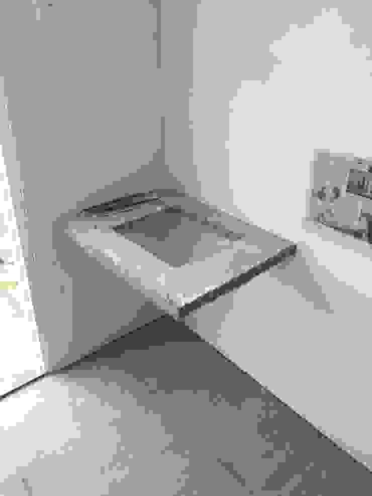 EXISTING BATHROOM Kamar Mandi Klasik Oleh JRY Atelier Klasik Keramik