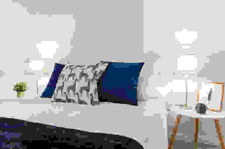 CASA IMAGEN Scandinavian style bedroom