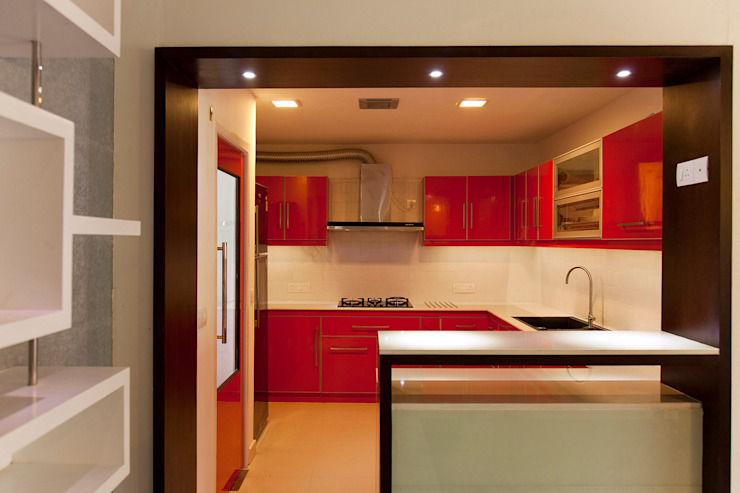 Dr Saji house Modern kitchen by S Squared Architects Pvt Ltd. Modern