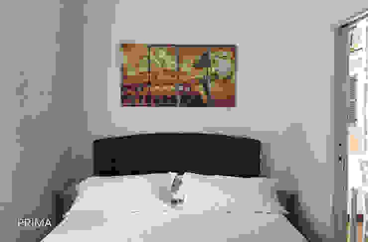 modern  by Flavia Case Felici, Modern