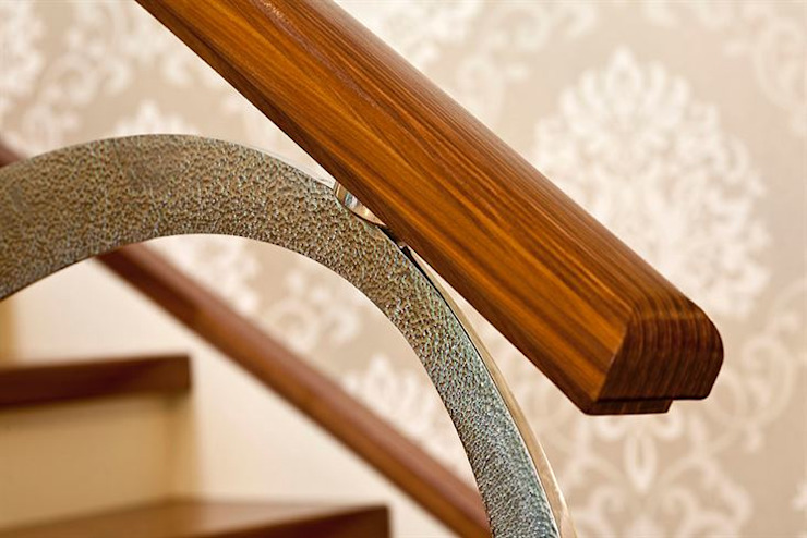 Dubai by Siller Treppen/Stairs/Scale Modern Wood Wood effect