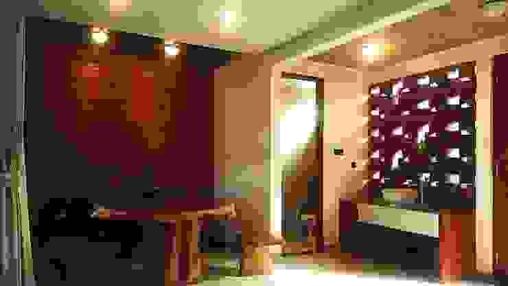Cattleya Art Studio & Residence Ruang Makan Tropis Oleh Mandalananta Studio Tropis Batu Bata