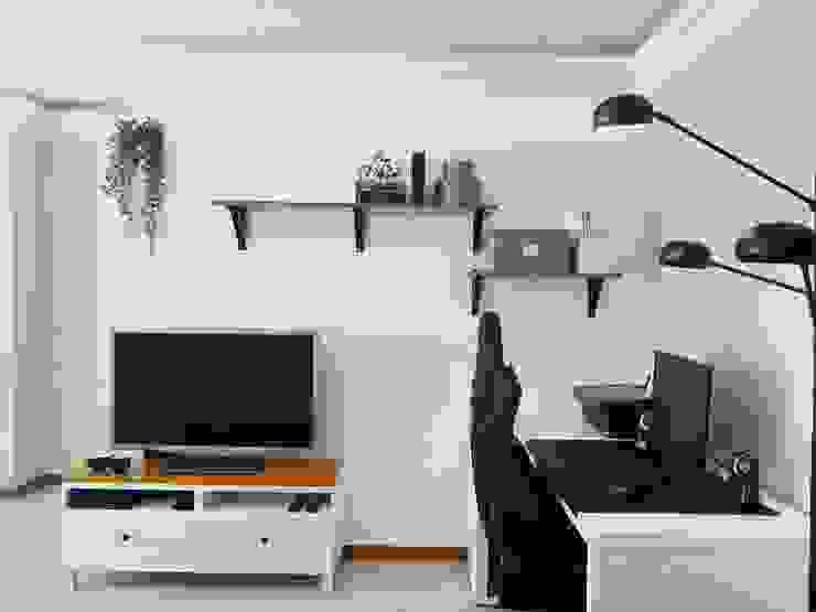 Zona de TV e mini escritório YS PROJECT DESIGN Salas de estar minimalistas Madeira Acabamento em madeira