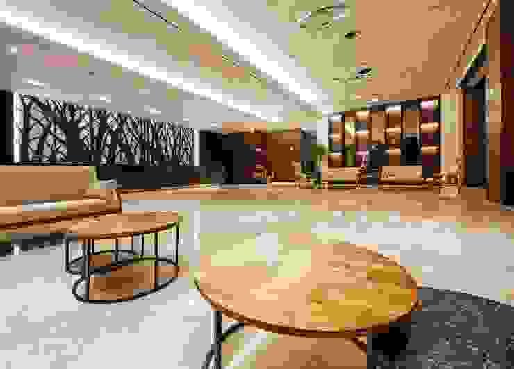 4F Lobby 모던 스타일 호텔 by 피투엔디자인 _____ p to n design 모던