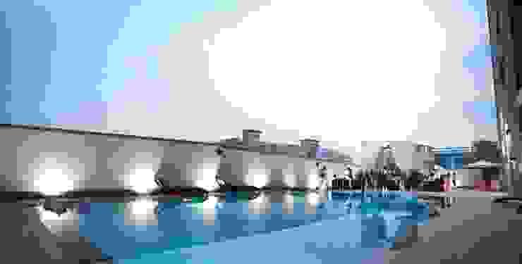 4F Swimming-pool 모던 스타일 호텔 by 피투엔디자인 _____ p to n design 모던