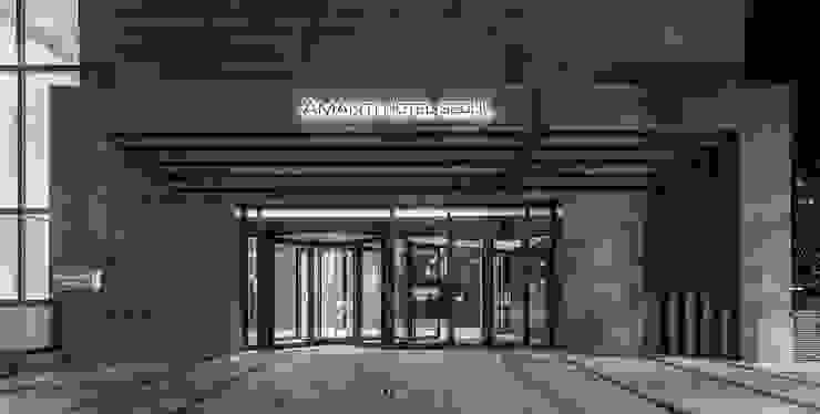 1F Main Entrance 모던 스타일 호텔 by 피투엔디자인 _____ p to n design 모던