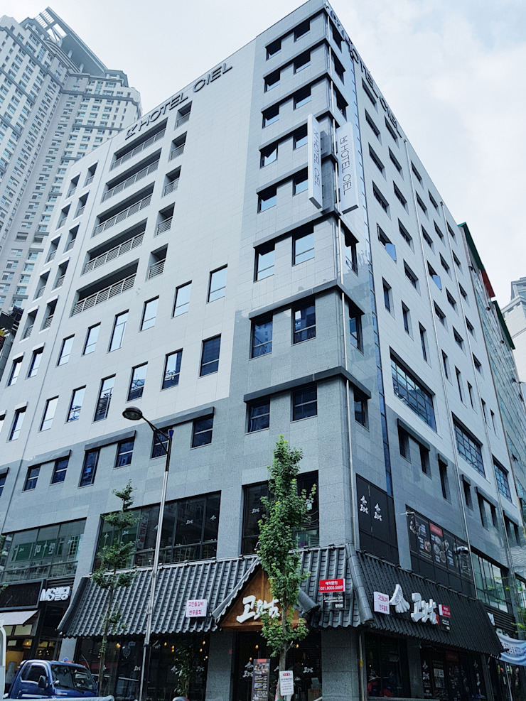 Out-side Design 모던 스타일 호텔 by 피투엔디자인 _____ p to n design 모던