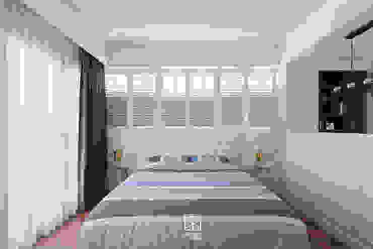 主臥床頭 Classic style bedroom by 禾廊室內設計 Classic