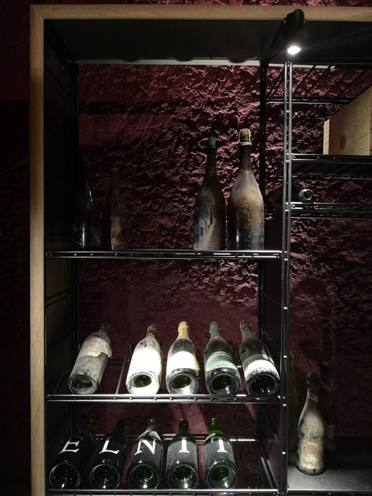 ShoWine Ruang Penyimpanan Wine/Anggur Modern