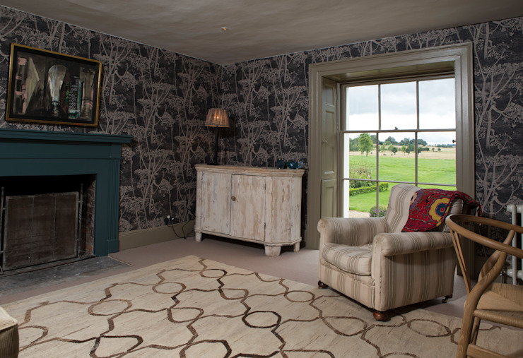 Sitting area within bedroom Country style bedroom by CLPM Ltd Construction Project Consultancy Country