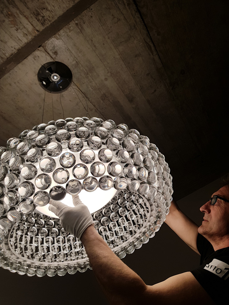 Industrial style bathroom by UNO iluminación Industrial Concrete