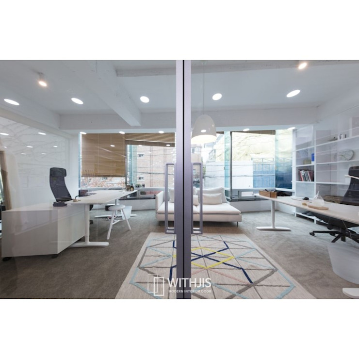 Modern office buildings by WITHJIS(위드지스) Modern Aluminium/Zinc
