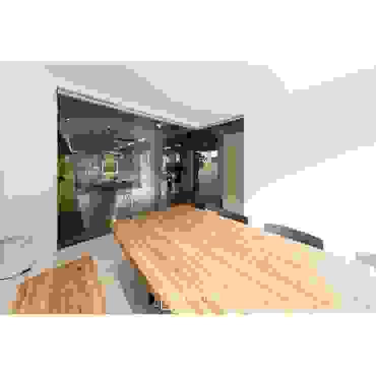 WITHJIS(위드지스) Moderne Bürogebäude Aluminium/Zink Transparent
