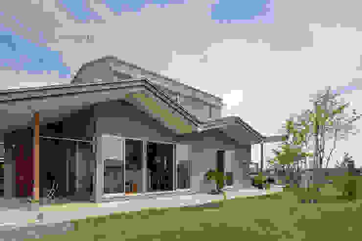 Minimalist house by arc-d Minimalist