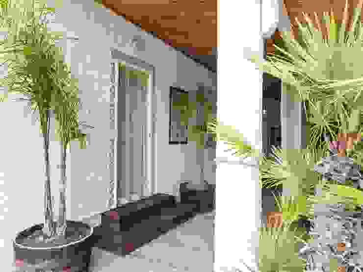 Villa Costa Case in stile minimalista di Silvia Cubeddu architetto Minimalista