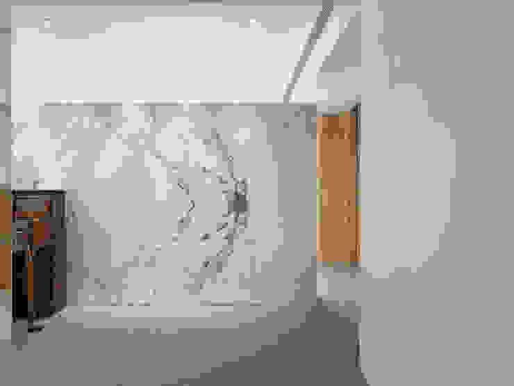 大直沈宅 Sheng Residence 現代風玄關、走廊與階梯 根據 何侯設計 Ho + Hou Studio Architects 現代風
