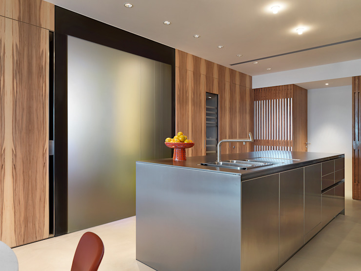 大直沈宅 Sheng Residence 現代廚房設計點子、靈感&圖片 根據 何侯設計 Ho + Hou Studio Architects 現代風