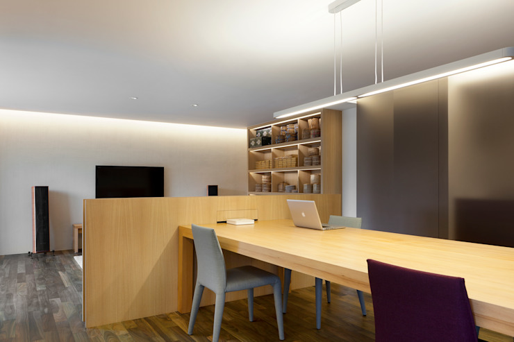 Modern study/office by 何侯設計 Ho + Hou Studio Architects Modern