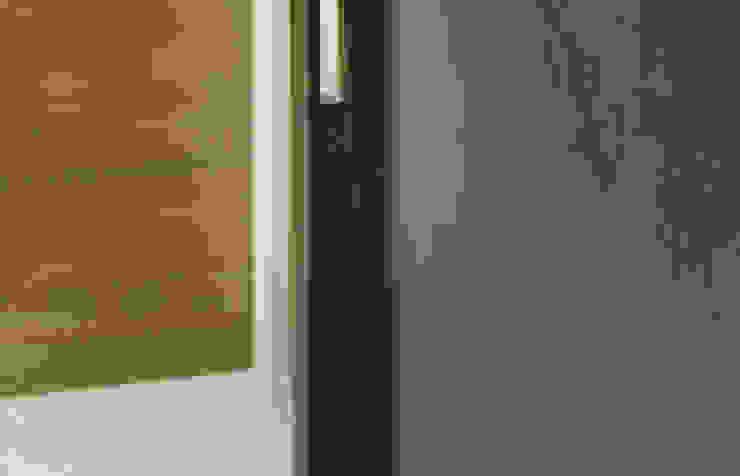 梁宅 Liang Residence 現代風玄關、走廊與階梯 根據 何侯設計 Ho + Hou Studio Architects 現代風