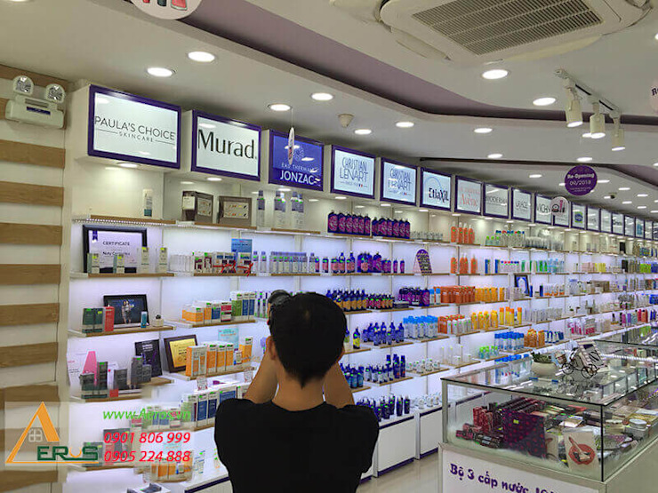 Thiet Ke Thi Cong Shop My Pham Nuty Cosmectic Tai Quan 10 bởi xuongmocso1 Hiện đại