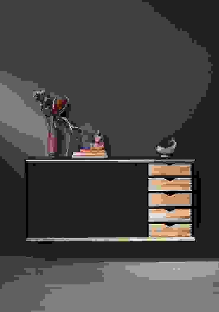 X Module van Kvik Keuken, Badkamer & Garderobe Scandinavisch