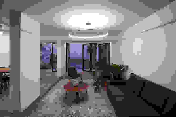 DOSA STUDIO Moderne Wohnzimmer