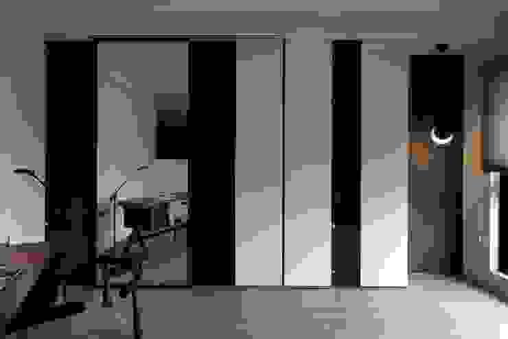瑜珈室及書房 根據 極簡室內設計 Simple Design Studio 現代風