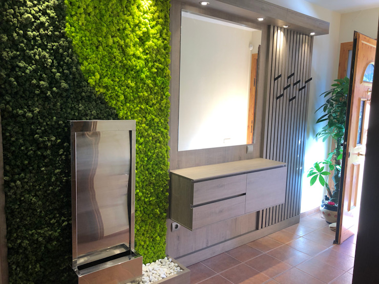 Interior landscaping by Nosaltres Toquem Fusta S.L.