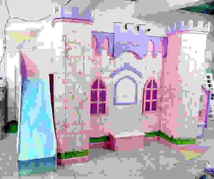 Divino castillo angelical con cascada de camas y literas infantiles kids world Clásico Derivados de madera Transparente