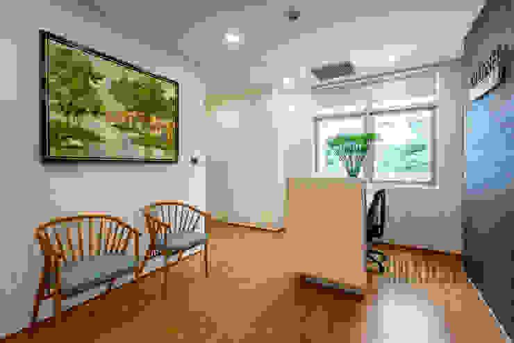 Thiết kế thi công nội thất văn phòng (V5 bởi Dandelion Design Construction Hiện đại