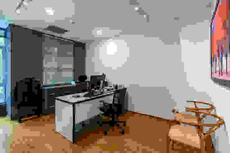 Thiết kế thi công nội thất văn phòng (V6) bởi Dandelion Design Construction Hiện đại