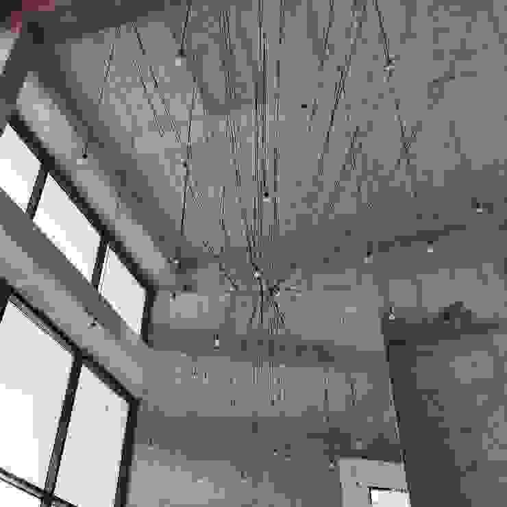 진주 소진담 인더스트리얼 거실 by 캐러멜라운지 인더스트리얼 콘크리트