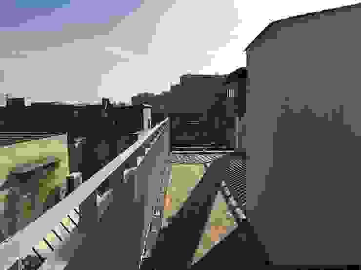 필운동 단독주택(협소주택) 서랍 by (주)건축사사무소 더함 / ThEPLus Architects 모던
