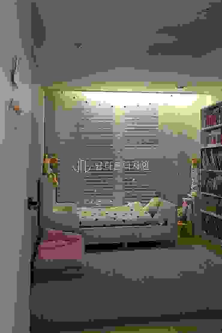 침산동 오페라삼정그린코아더베스트 34PY 모던스타일 미디어 룸 by 남다른디자인 모던