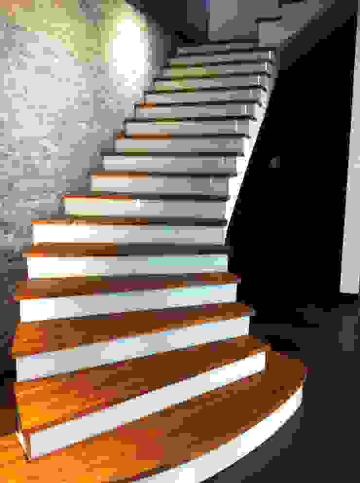 各式木質樓梯踏板 根據 茂林樓梯扶手地板工程團隊 簡約風
