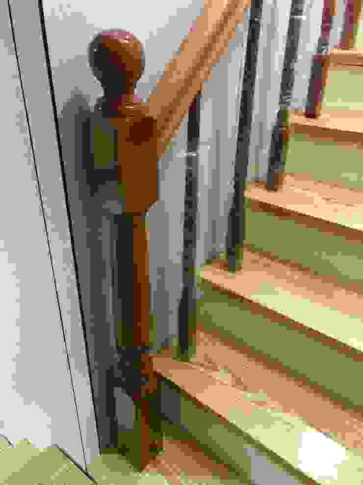من 茂林樓梯扶手地板工程團隊 حداثي