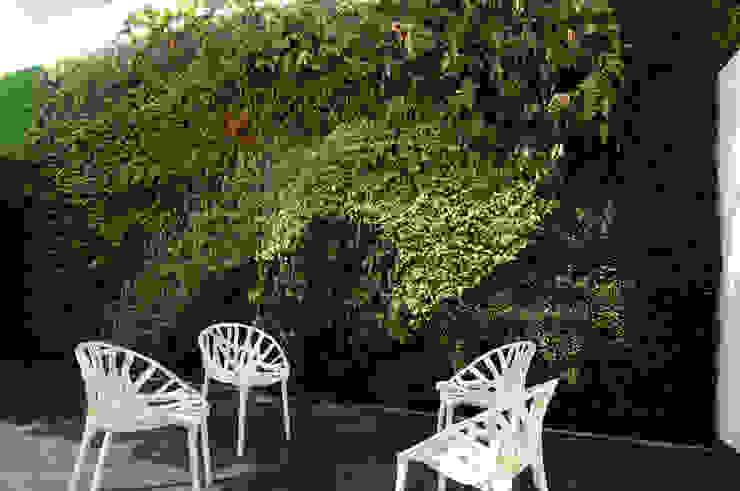 Vertical Garden - Jardim Vertical e Paisagismo Corporativo Walls & flooringWall & floor coverings