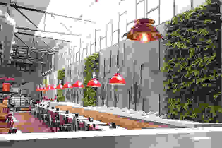 Vertical Garden - Jardim Vertical e Paisagismo Corporativo Paesaggio d'interni