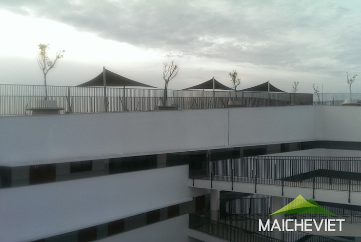 Балкон и терраса в стиле минимализм от Công ty TNHH Havico Việt Nam Минимализм