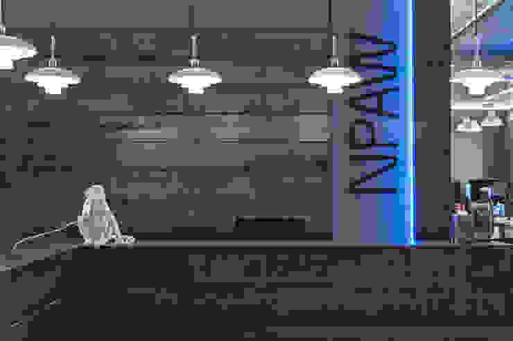 OFICINAS NPAW Edificios de oficinas de estilo moderno de ESTUDIO DE CREACIÓN JOSEP CANO, S.L. Moderno