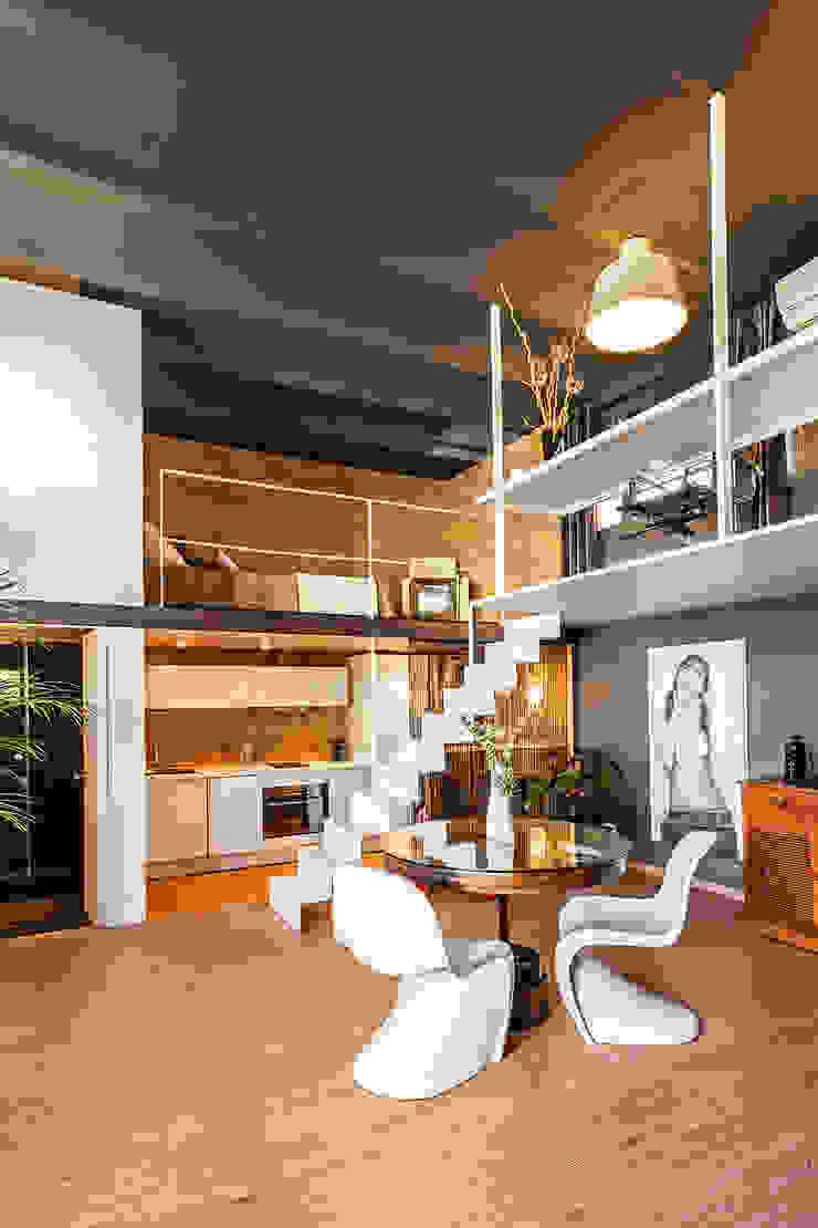 LOFT CAN FELIPA Salones de estilo moderno de ESTUDIO DE CREACIÓN JOSEP CANO, S.L. Moderno