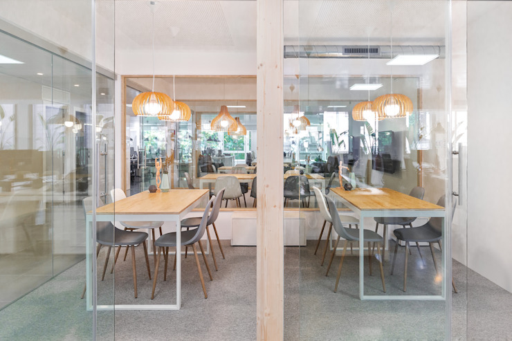 OFICINAS MASVOZ Edificios de oficinas de estilo moderno de ESTUDIO DE CREACIÓN JOSEP CANO, S.L. Moderno