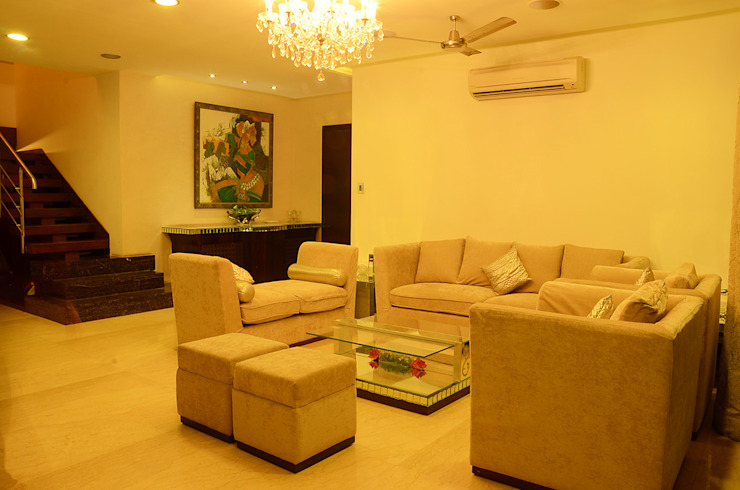 IMPERIAL TOWER, TARDEO, MUMBAI Classic style living room by Aesthos Interior Design and Consultancy Classic