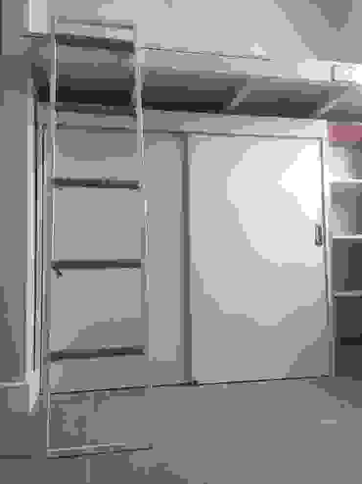 Mobiliario Dormitorio Niña de MMAD studio - arquitectura interiorismo & mobiliario - Metal