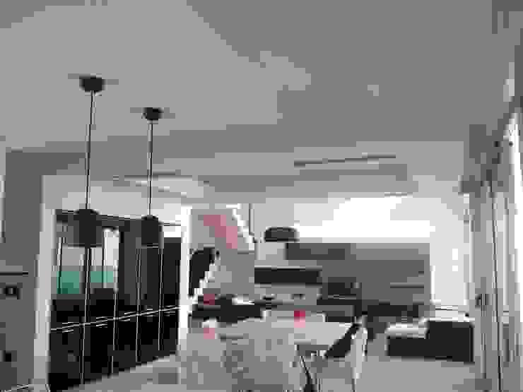 Vivienda en Urbanizacion Privada – Yerba Buena Tucuman Comedores modernos de Alejandro Acevedo - Arquitectura Moderno Caliza