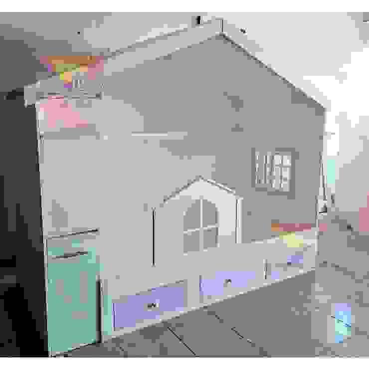 Preciosa cama individual de casita de camas y literas infantiles kids world Clásico Derivados de madera Transparente
