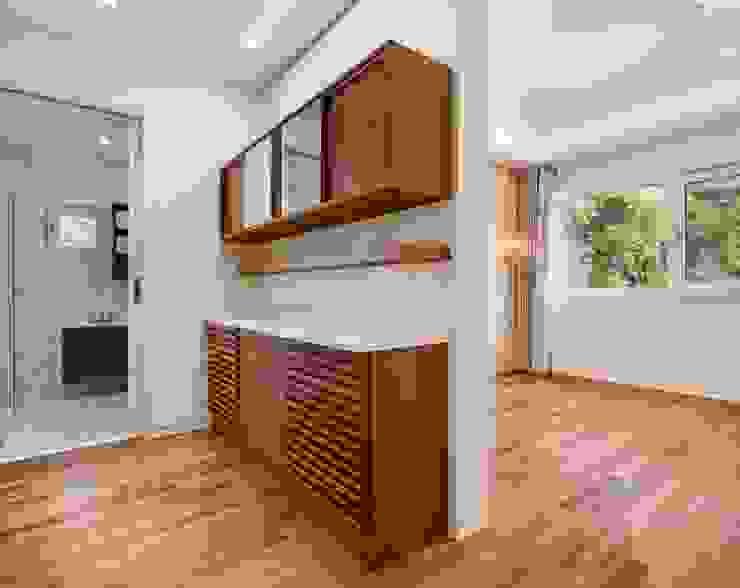(주)건축사사무소 더함 / ThEPLus Architects 臥室衣櫥與衣櫃