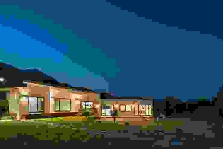 (주)건축사사무소 더함 / ThEPLus Architects 平房